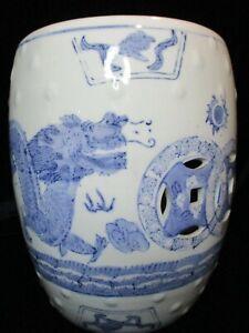 VINTAGE CHINESE BLUE & WHITE PORCELAIN GARDEN SEAT STOOL LARGE BLUE DRAGONS