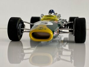 Exoto 1:18 -1968 Lotus Type 49 driven by Graham Hill @ South Africa Grand Prix