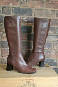 BROWN LEATHER SQUARE TOE 70'S STYLE BOOTS SIZE 5.5 / (7M) BY NINE WEST GOOD USED