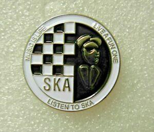 Ska Music is life pin badge. Round design. Metal. Enamel. Mods Ska Walt Two tone