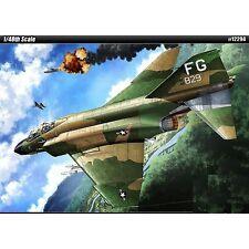 Academy 12294 Phantom F-4c Vietnam 1:48 Plastic Kit - 148 F4c Model War