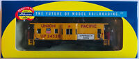 HO SCALE ATHEARN 7451 U.P. UNION PACIFIC BW CABOOSE # 24528 new