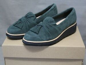 COLLECTION BY CLARKS womens slip-on green suede Sharon Dasher loafer SZ 7.5M NEW