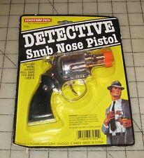 Tootsie Toy (2000) DETECTIVE SNUB NOSE PISTOL Roll Cap Toy Gun in Original Card