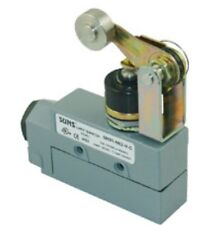 SUNS SN91-N62-A Sealed Roller Lever Limit Switch BZE6-2RN2 ZE-NA2-2