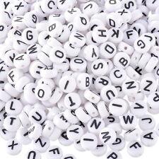 """30 Stück Kleinloch-Buchstaben-Perle """"V"""" aus Acryl 7mm"""