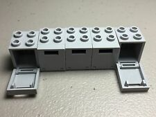 LEGO lot of 5 Containers Boxes 2 x 2 x 2 with Light Bluish Gray Doors City - NEW