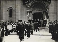 PHOTO PRESSE ACTUALIT + VICHY Eglise St-Louis, fanfare et drapeau, Gal JANNEKEYN