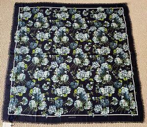 NWT Gucci GG Blooms Blue Hydrangea Floral Modal Silk Large Scarf Wrap Shawl $595