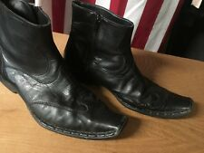 GUESS Black Leather Ankle Boots Mens 8 M Side Zip Manuel snip toe Used Vgood