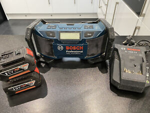 Bosch Site Radio, 2x 18v 4ah Batteries and Charger