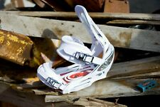 Burton CO2 EST Snowboard bindings* Rare! c02 MEDIUM lib dc WHITE