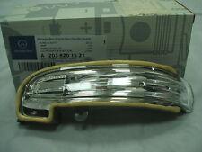 Genuine Mercedes-Benz W203 C-Class LH Mirror Repeater Indicator Lamp A2038201521