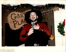 1992 ORIGINAL COLOR PHOTO BY RICH CHAPMAN singer GARTH BROOKS MARRIOT Hotel