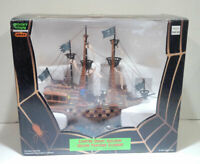 Lemax Spooky Town Lighted Ghost Galleon - Pirate Ship Halloween NEAR MINT- READ