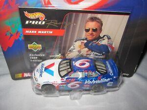 Mark Martin #6 Valvoline Ford Hot Wheels Pro Racing NASCAR Car