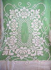 Antike Tischdecken im festlichen Stil mit Handarbeit aus Baumwolle