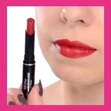 """Rouge à lèvres rouge longue tenue Avon Ultra Beauty """" FRISKY RED """""""