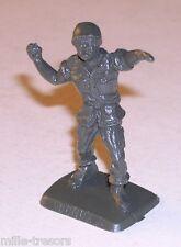 FIGURINE publicitaire Soldat BONUX avec grenade - INFANTERIE Contemporaine