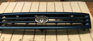 92 Toyota Tercel Grille Blue