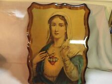 VINTAGE 70'S VIRGIN MARY POLYURETHANED PRINT ON SCALLOPED EDGE PLYWOOD PLAQUE