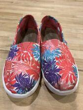 f9c75ebb255 toms girls muticoloured slip on shoes size youth 4 uk 3 vgc
