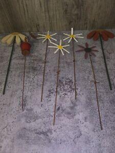 "Lot of 7 Metal & Wood Daisy Stakes Flowers Garden Yard Art Decor 12""-14"" EUC"