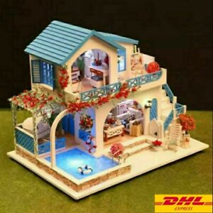 Diy Dollhouse K-015 Blue And White Town Have a Dust Cover Miniature Handicraft