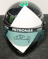 Nico Rosberg Helm mit Original Unterschrift und Echtheitszertifikat