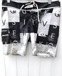 Pantalones Cortos De Hombre Quiksilver Compra Online En Ebay