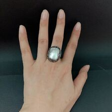 23x26MM Rectangle White Shell Ring