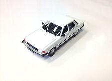 FORD TAUNUS MK III - 1:43 MODEL CAR DIECAST IXO BALKAN DeAGOSTINI RU92