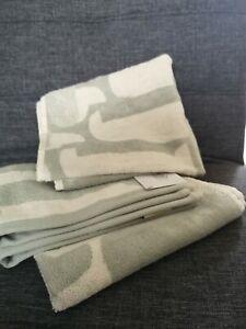 Orla kiely Hand Towels x 2