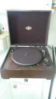 VINTAGE WOODEN & BAKELITE EARLY RECORD PLAYER- COLUMBIA RECORD CO