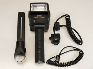 Sunpak Auto 555 Thyristor Flash + Handle Mount + PT-2D Module + Sync Cords ~Nice