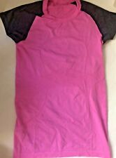 LULULEMON RUN SWIFTLY SS Tech Shirt size 6 Raspberry Glo Light Black Swan EUC