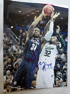 Phoenix Suns Alex Oriakhi Signed Uconn Huskies 11x14 Photo Auto