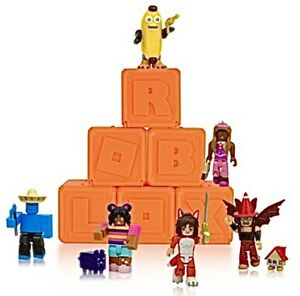 RANDOM Exclusive Virtual Item CODE ONLY - Roblox Series 8 Celebrity Blind Box!