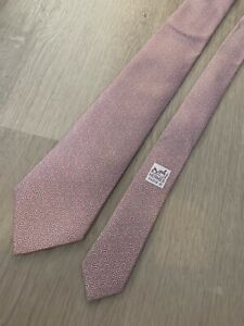 HERMES Pink Paisley Chain Link Silk Tie MADE IN FRANCE Geometric 5367 OA Mint