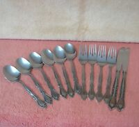 """Lot 12 Rogers AUBERGE Stainless Flatware Soup Spoons, 7 1/8"""" Forks, Knives"""