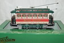 On30 scale Bachmann Seasons Greetings Christmas Holiday trolley car train