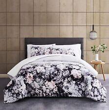 3 Piece Comforter Set Vince Camuto Reflection King Size - $260
