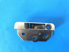 02 BMW 325CI LEFT SIDE Convertible Top ROOF LOCK CATCH OEM 8 204 285