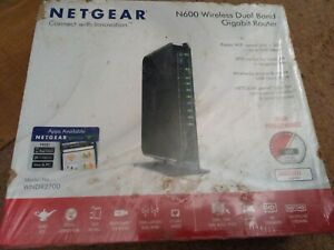 NETGEAR N600 Wireless Dual Band Gigabit Router (WNDR3700)