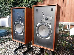Tandberg TL 2510 great sounding rare speakers full working order