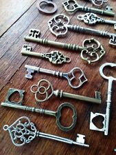 "Assorted Large Skeleton Keys Steampunk 2-3.25"" Bulk 20pcs Wedding Mixed Lot"