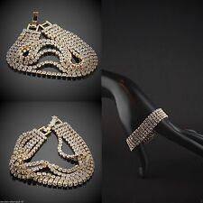 Handgefertigte Modeschmuckstücke mit Diamant