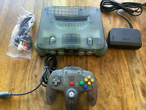 N64 Nintendo 64 Konsole Smoke Grey transparent PAL clear controller