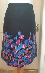 LAURA ASHLEY Size 16 Black Skirt With Pink And Blue Tulip Print-Lined,Silk Blend