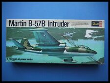 Revell Martin B-57B Intruder Canberra 1:72 Model kit